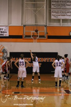Otis-Bison_Girls_vs_Hoisington_12-9-11_0144